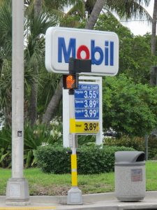 Mobil gas station in Fort Lauderdale