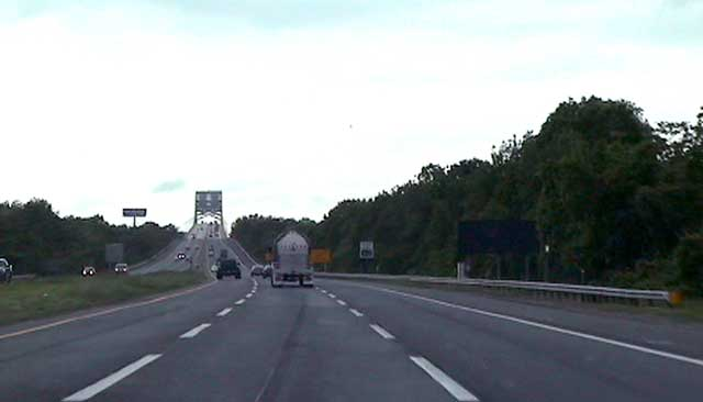 View of NJ turpike extension heading toward the Pennsylvania Turnpike at the Delaware River