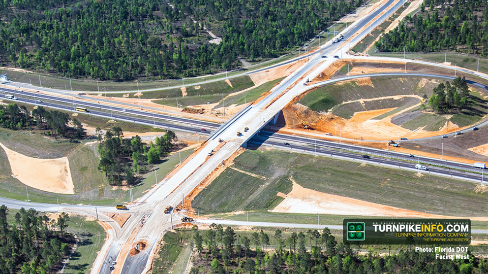 Minneola Interchange, looking west on Hancock Road